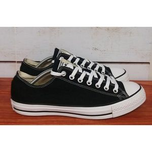 Converse Chuck Taylor Sneakers 10.5